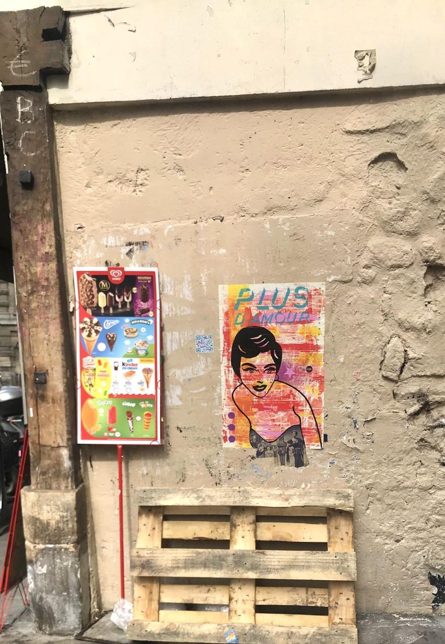 Random Parisian Wall