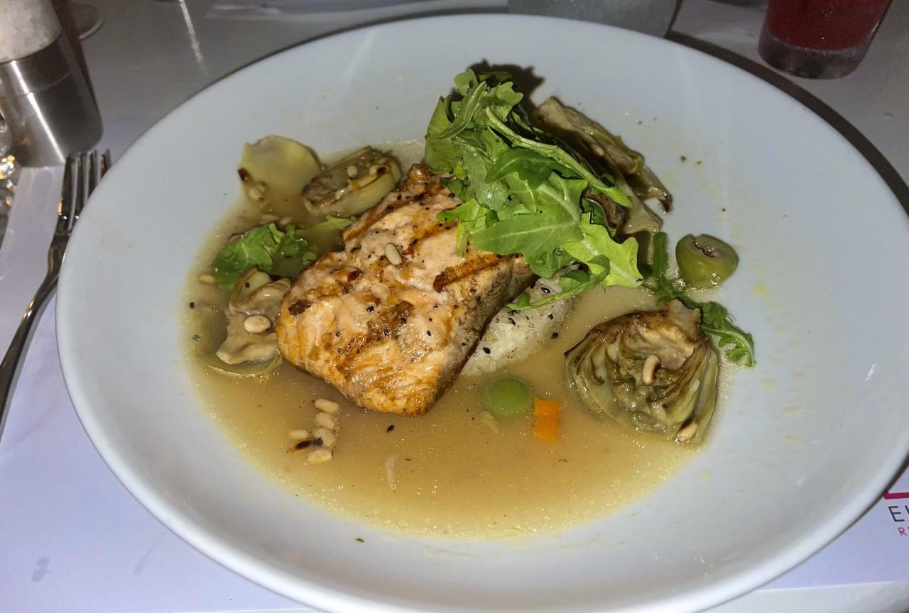 Eight 4 Nine Restaurant Salmon Nicoise