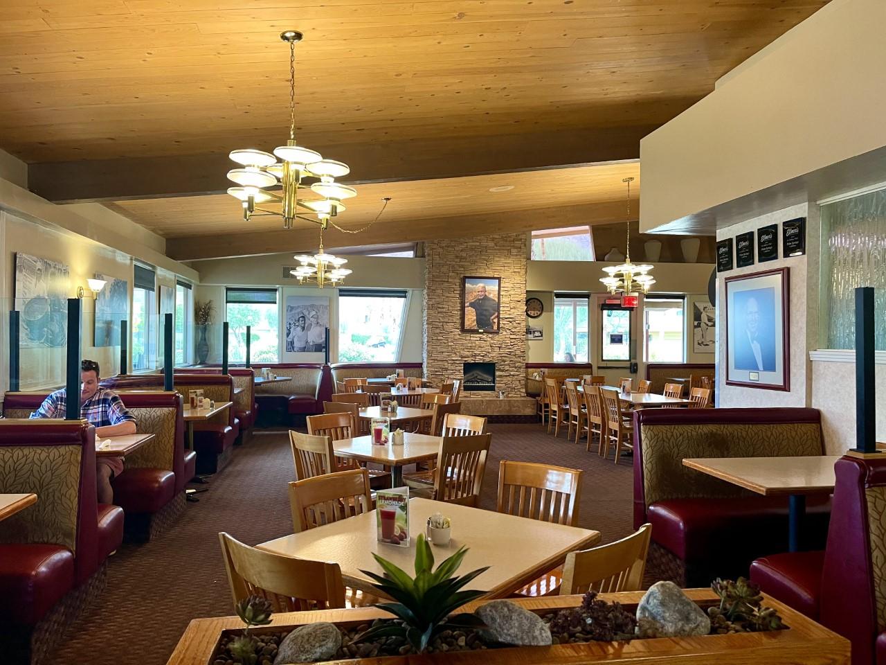 Elmer's Restaurant in Palm Springs